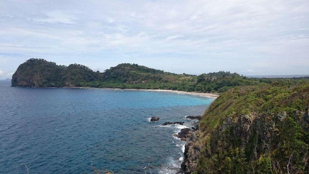 Sengketa yang Terus Merundung di Balik Kecantikan Pulau Sangiang