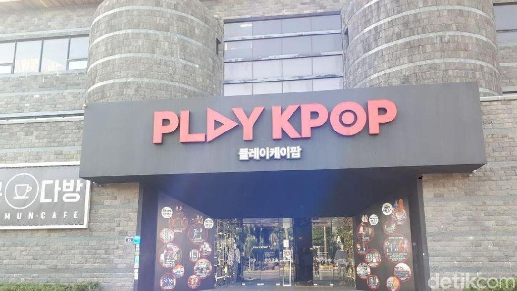 Begini Serunya Nonton Konser Hologram G-Dragon di Play KPOP Jeju