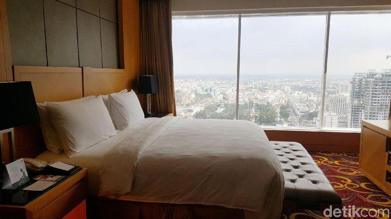 Inilah kamar Presidential Suite di Hotel JW Marriott Medan, Jl Putri Hijau No 10, Medan. Hotel JW Marriott adalah akomodasi bintang lima untuk para traveler dan pebisnis (Odilia/detikTravel)
