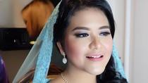 Foto: Anggunnya Kahiyang Ayu Bergaun Biru & Pakai Veil di Prosesi Adat Batak