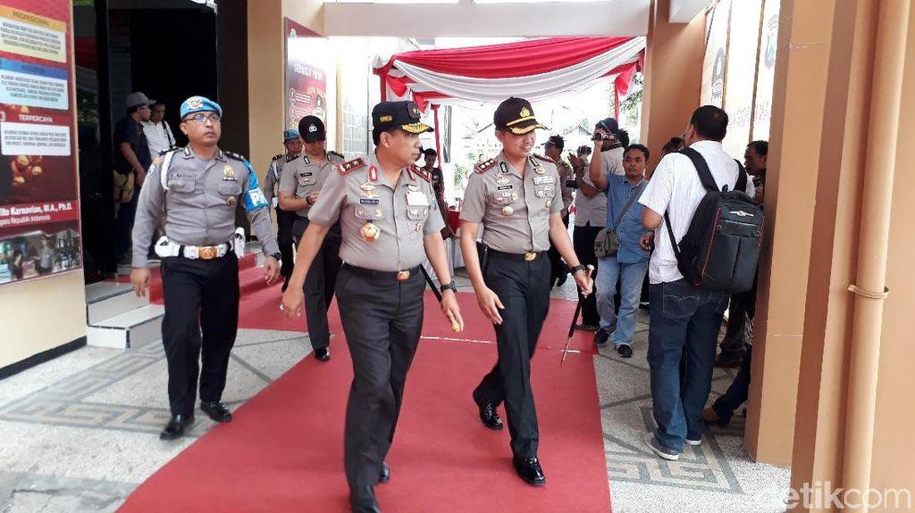 Kapolda Jatim Ancam Copot Anggotanya yang Terlibat Pilkada