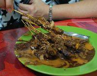 Yuk, Cicip Sup Sumsum Sapi hingga Sate Berkuah Kental yang Legendaris di Medan