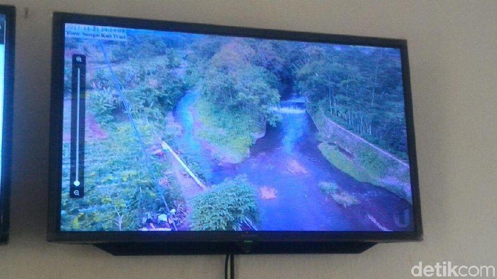 Pantau Debit Air Sungai Berhulu Merapi, BPBD Sleman Optimalkan CCTV
