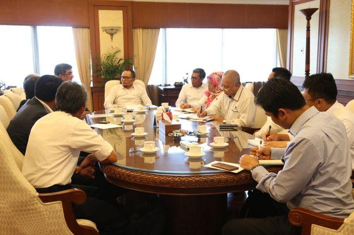 Foto: Beberapa petinggi PT Pertamina melakukan audiensi dengan Menteri Ketenagakerjaan M Hanif Dhakiri (Dok. Kemnaker)