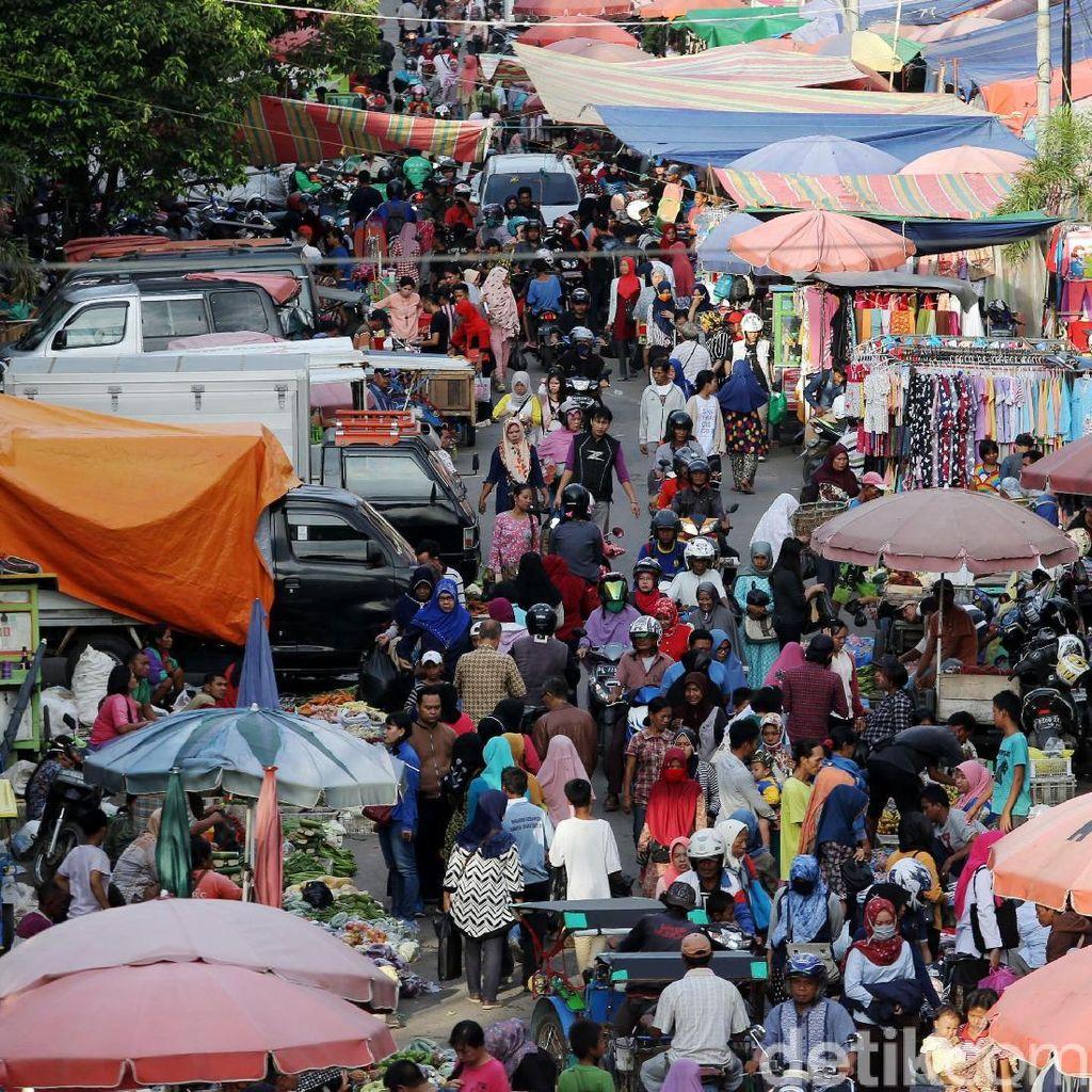 PKL Padati Kawasan Pasar 16 Ilir Palembang