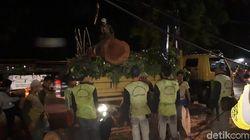 Pohon Tumbang Selesai Dievakuasi, Lalin Samping Istiqlal Dibuka
