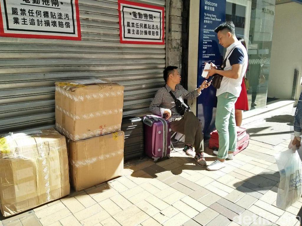 Cuma di Hong Kong, Jual iPhone X Kaki Lima