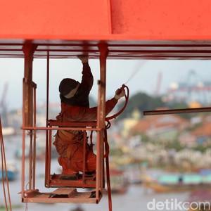 Jokowi Gencar Bangun Infrastruktur, Kok Dampaknya Tak Terasa?