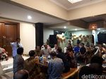 Mengintip Gubernur dan Kapolda Jatim Cangkrukan Bareng