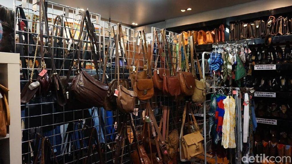 Foto: Pasar Barang Antik di Indonesia Harus Berkaca Pada London