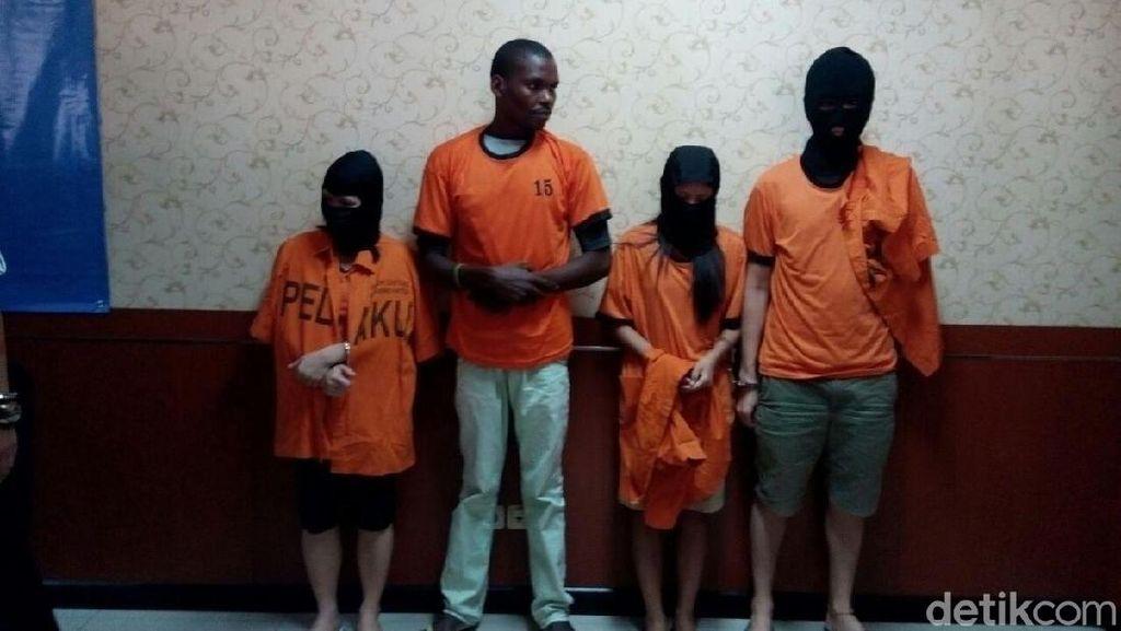 Modus Penyelundupan Sabu di Cengkareng: Disimpan di Buku-Kaos Kaki