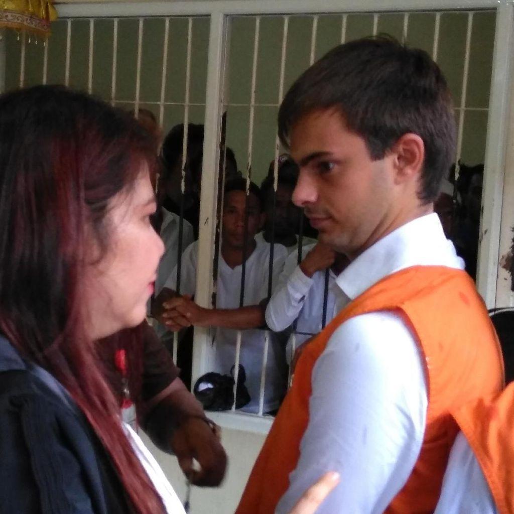 Impor Ganja ke Bali, WN Prancis Dihukum 5 Tahun