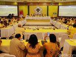 Masih Alot soal Pengganti Novanto, Rapat Pleno Golkar Diskors