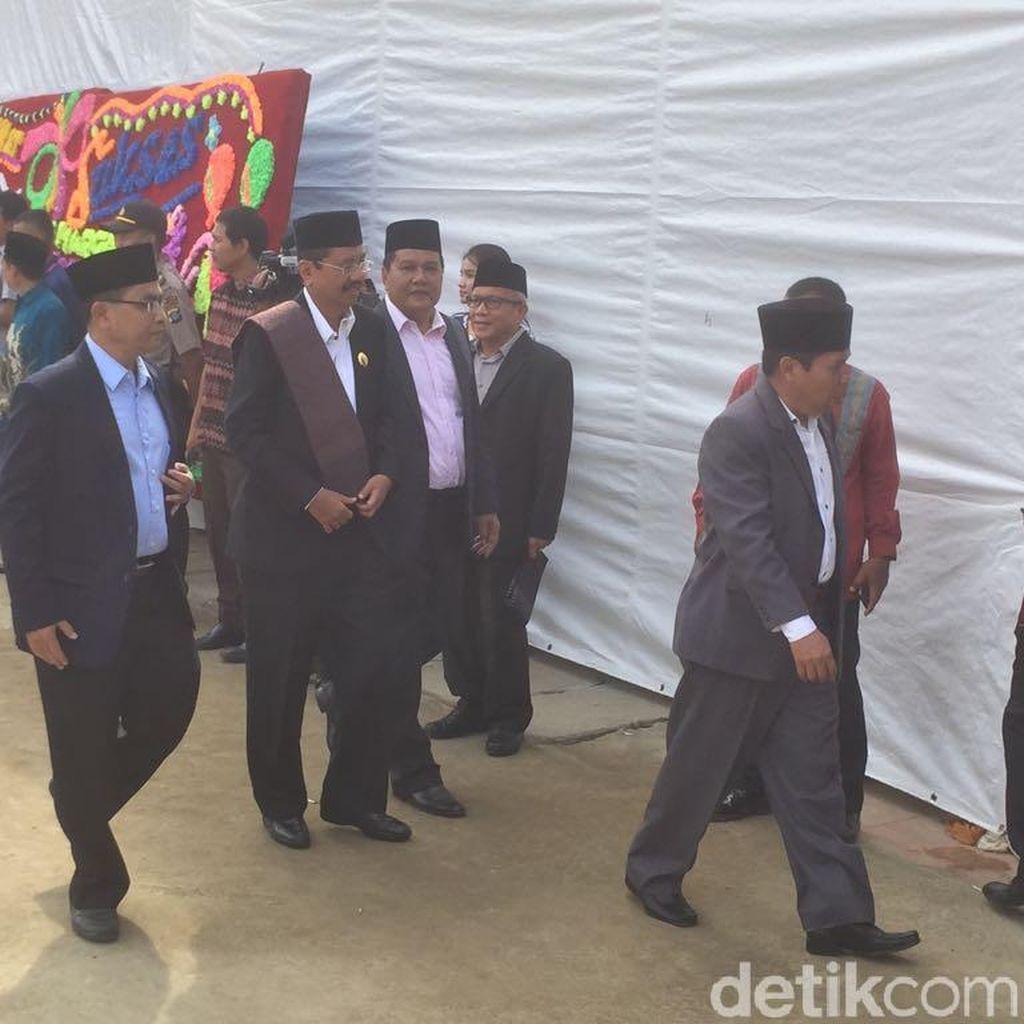 Gubernur Sumut Hadiri Pemberian Marga Siregar ke Putri Jokowi