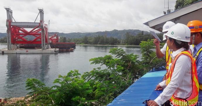 Rini Cek Jembatan Holtekamp di Papua yang Dibanggakan Jokowi