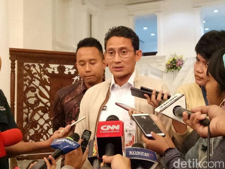 Sandiaga Anak Saya Biasa ke - Jakarta Wakil Gubernur DKI Sandiaga mengaku tak masalah dengan pagelaran Djakarta Warehouse Project Menurut anaknya kerap hadir di