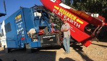 Yakin Bumi Datar, Pria Ini Bikin Roket untuk Membuktikan