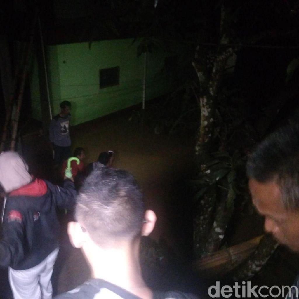 Banjir Terjang Tiga Kampung di Malangbong Garut