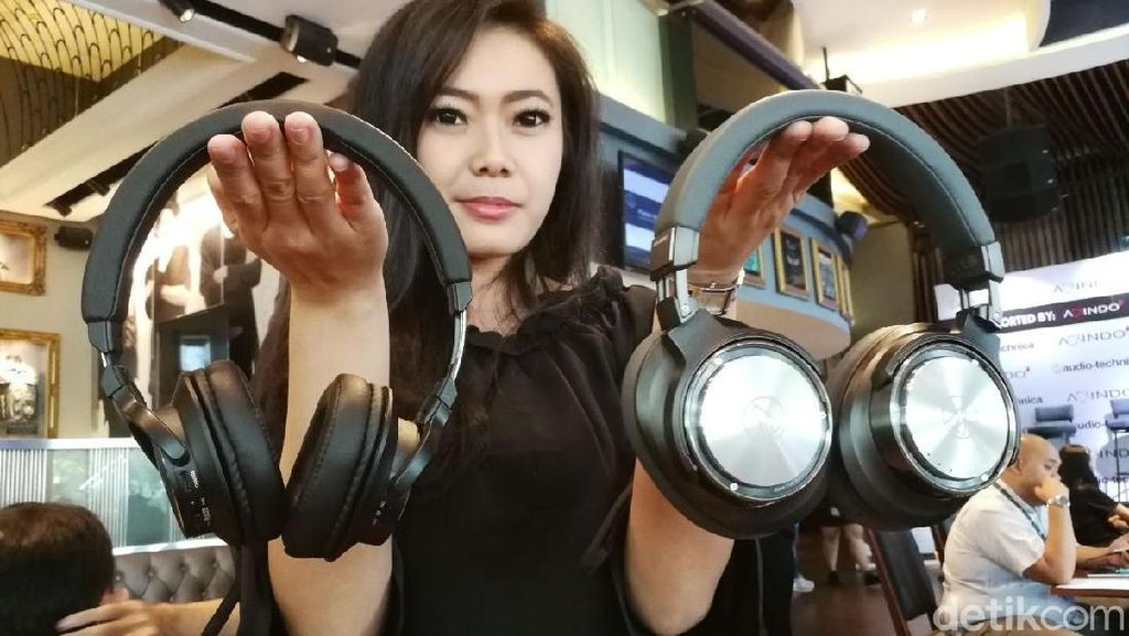 4 Headphone Audio Technica Tiba di Indonesia