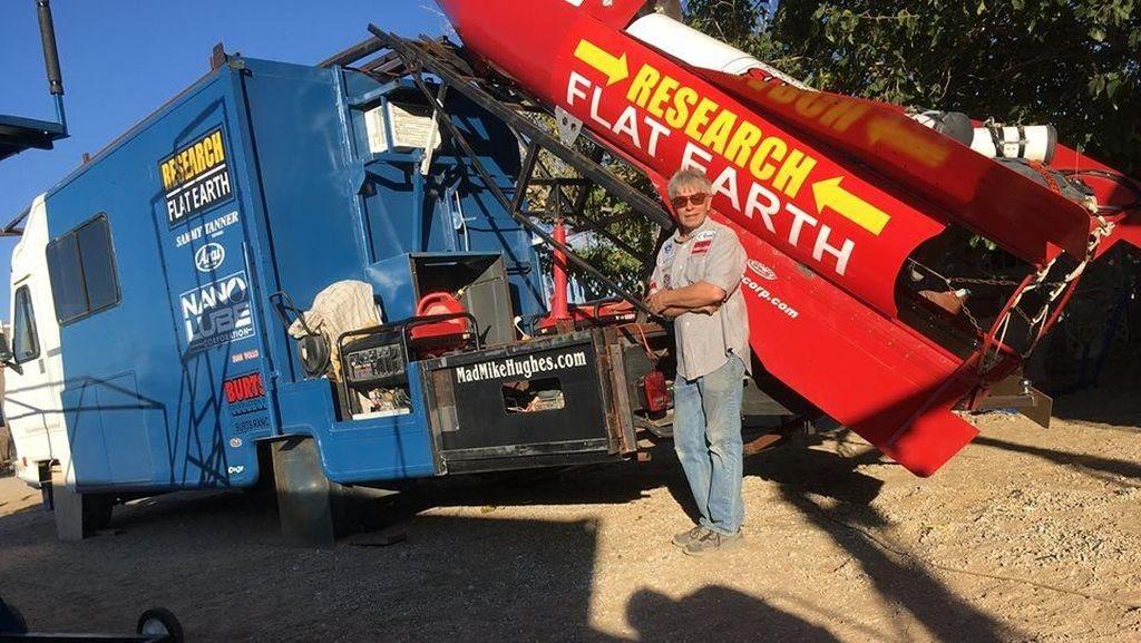 Penganut Bumi Datar Belum Menyerah Terbangkan Roket