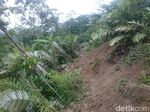 Tanah Gerak di Banjarnegara Tutup Akses Jalan Warga 4 Dusun