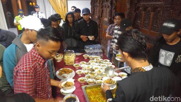 43 Warga Jateng Eks Sandera KKB di Papua Tiba di Semarang