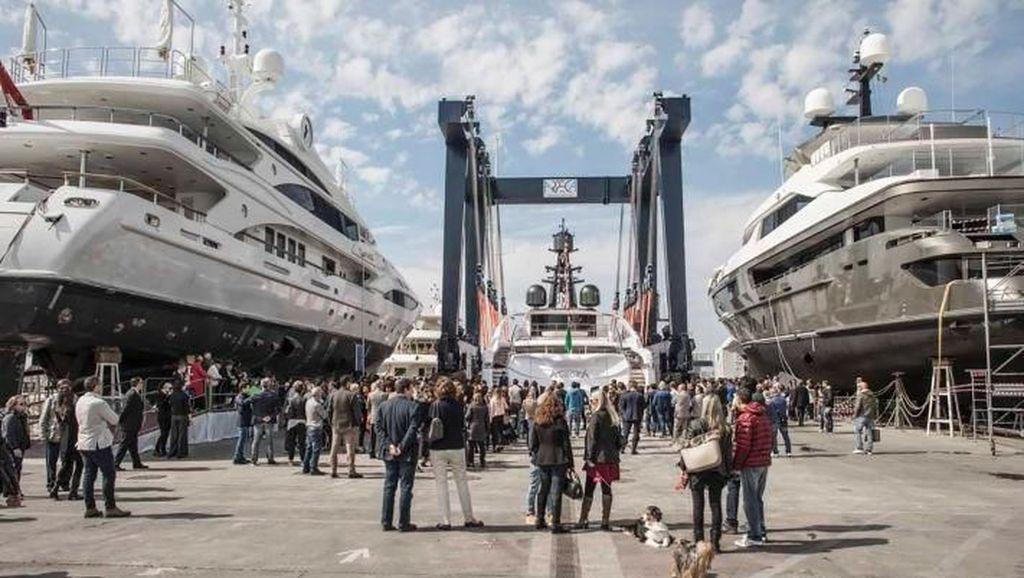 Foto: Kapal Yacht Mewah Diminati Kaum Milenial