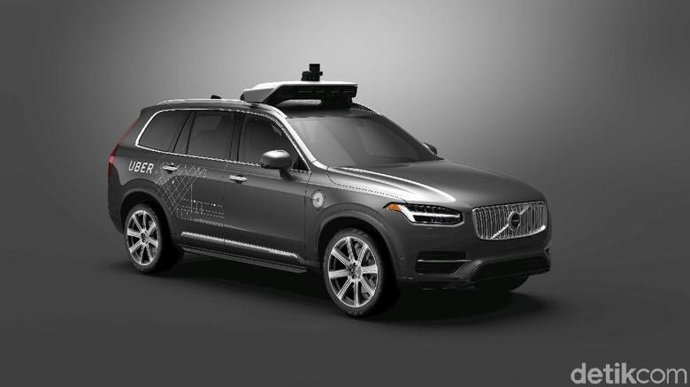Uber Pakai Puluhan Ribu Mobil Tanpa Sopir Volvo