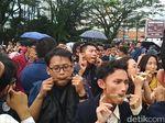 Mahasiswa HI Pecahkan Rekor Mainkan Karinding Serentak