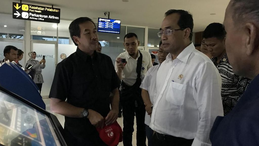 Menhub: Jalur KA Bandar Tinggi-Kuala Tanjung Operasi Maret 2018