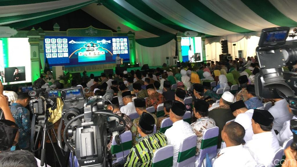 Jokowi Minta Ulama NU Beri Rekomendasi Penanganan Ormas Intoleran