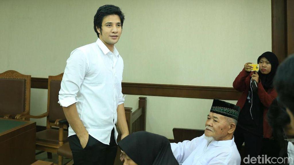 Dijatuhi Hukuman Satu Tahun Penjara, Ammar Zoni Terima dengan Lapang Dada