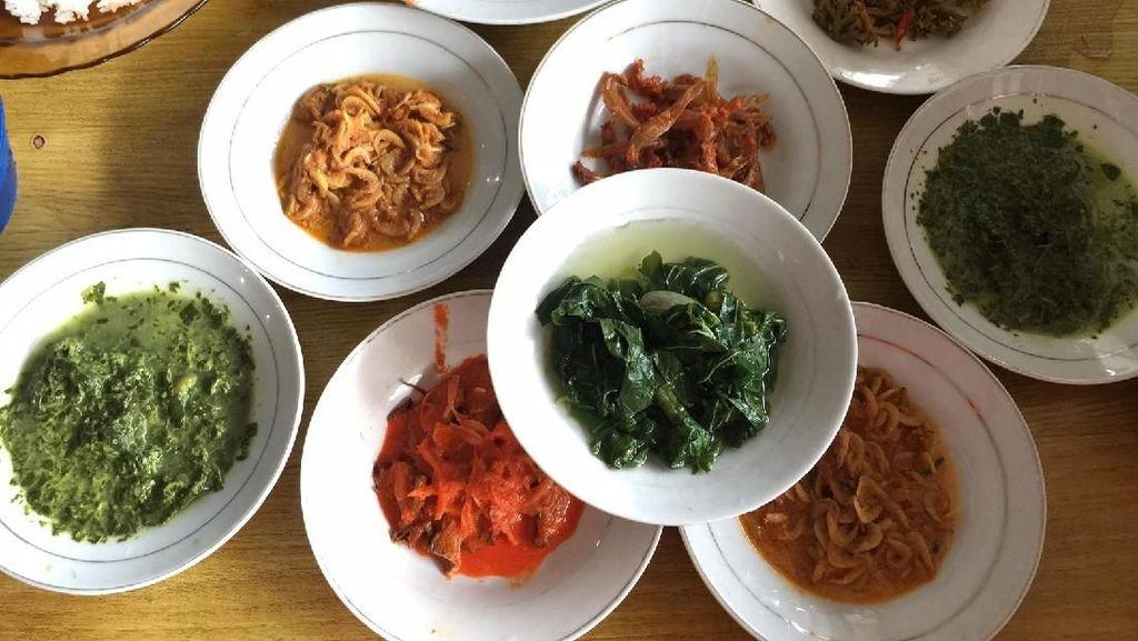Sipirok : Sluurp! Segar Gurih Sup Daging Khas Tapanuli Selatan