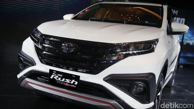 Permalink to Kembar, Apa Saja Beda Toyota Rush-Daihatsu Terios?