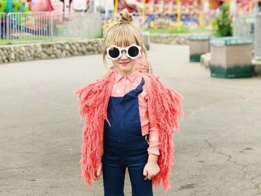 Waduh, kita orang dewasa bisa kalah nih gayanya sama Goldie. Hi-hi-hi. (Foto: Instagram/fancytreehouse)