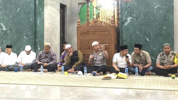 Pertemuan PCNU Jakut, GP Ansor dan pihak kepolisian.