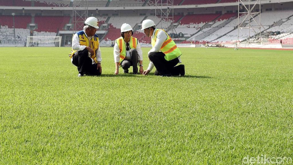 Sri Mulyani dan Basuki Hadimuljono Tinjau Stadion GBK