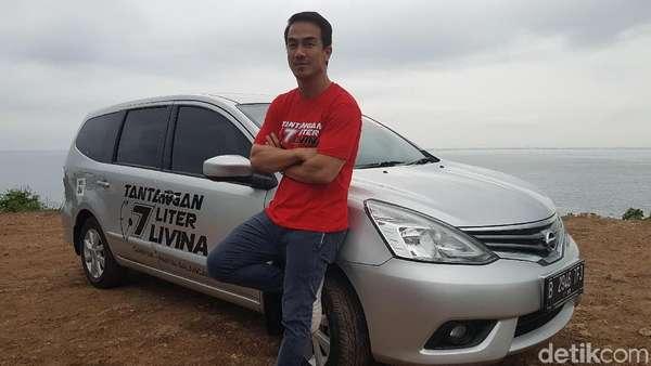 Joe Taslim Tahan Emosi Biar Mobilnya Irit di Jalanan Bali