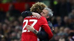 Mourinho Takut Kehilangan Fellaini Usai Tolak Tawaran MU