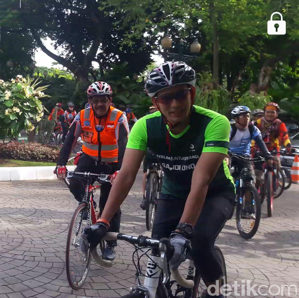 Bersepeda ke Balai Kota, Sandiaga Cek Kawasan Tanah Abang