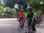 Bersama Komite Sepeda, Sandi Gowes ke Balai Kota