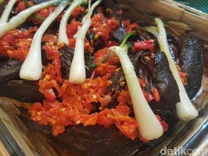 Mencicipi 6 Sajian Sumatera, Menu Pesta Kahiyang-Bobby
