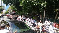 Usai Salat Jumat, Massa Aksi 2411 Long March ke DPP NasDem