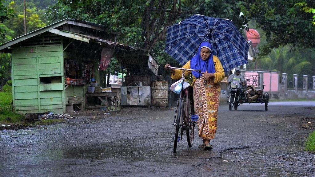 Pulang Dikala Hujan