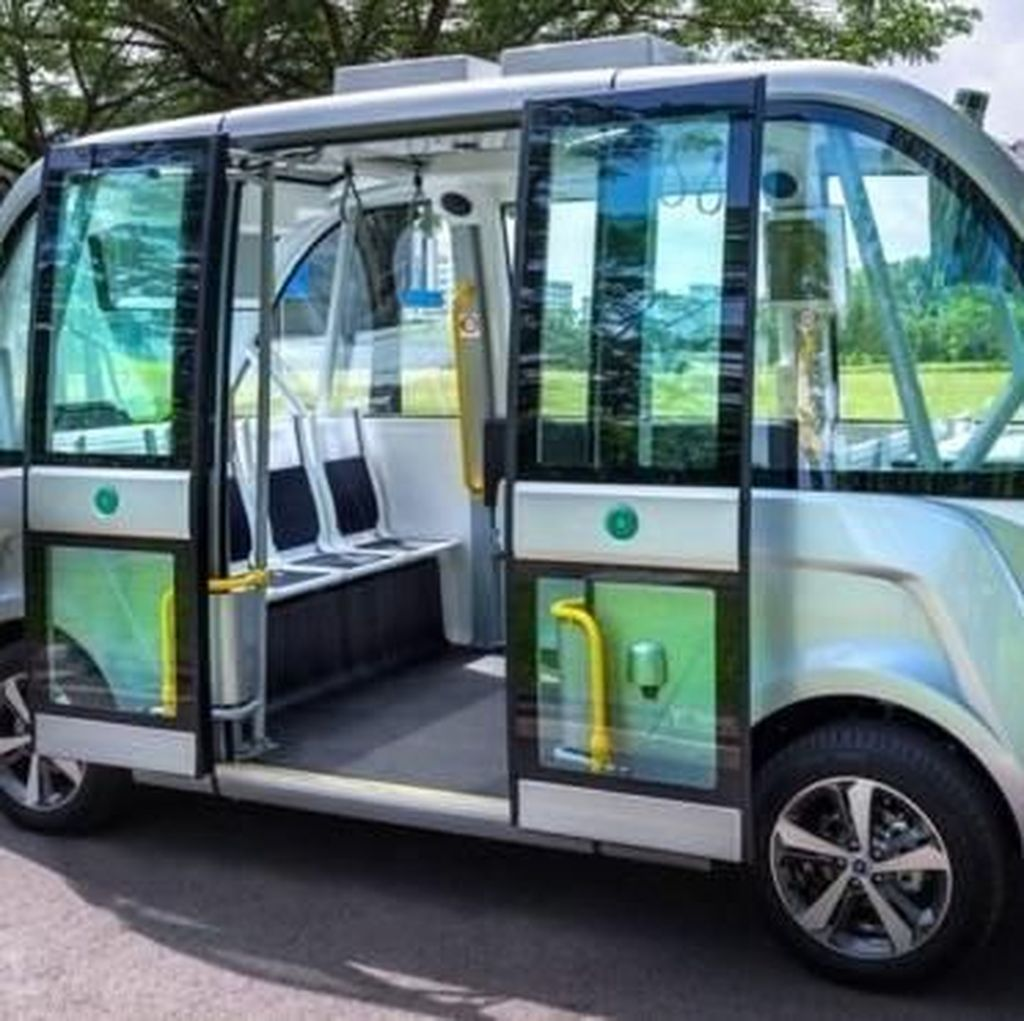 Bus Mini Tanpa Sopir Akan Beroperasi di Singapura Tahun 2022