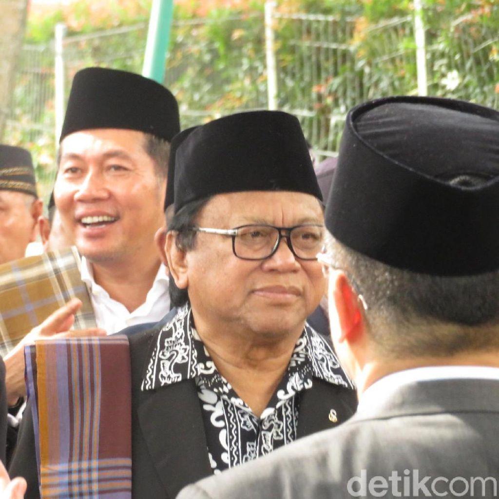 Hadiri Pesta Adat Kahiyang, OSO Masih Berelasi dengan Besan Jokowi
