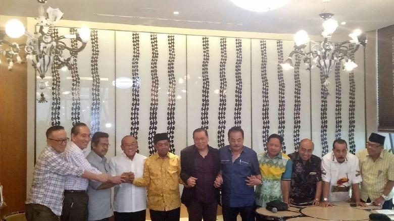 Ical Minta DPP Golkar Segera - Jakarta Dewan Pembina Partai Golkar menyetujui keputusan Pleno DPP yang menunggu hasil praperadilan terkait nasib Setya sang ketua