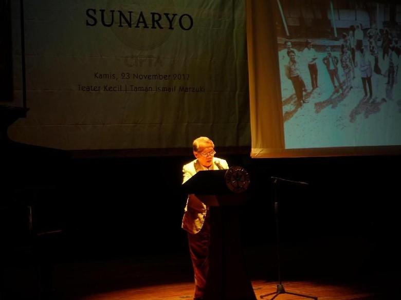 Sunaryo Raih Penghargaan Akademi Jakarta 2017