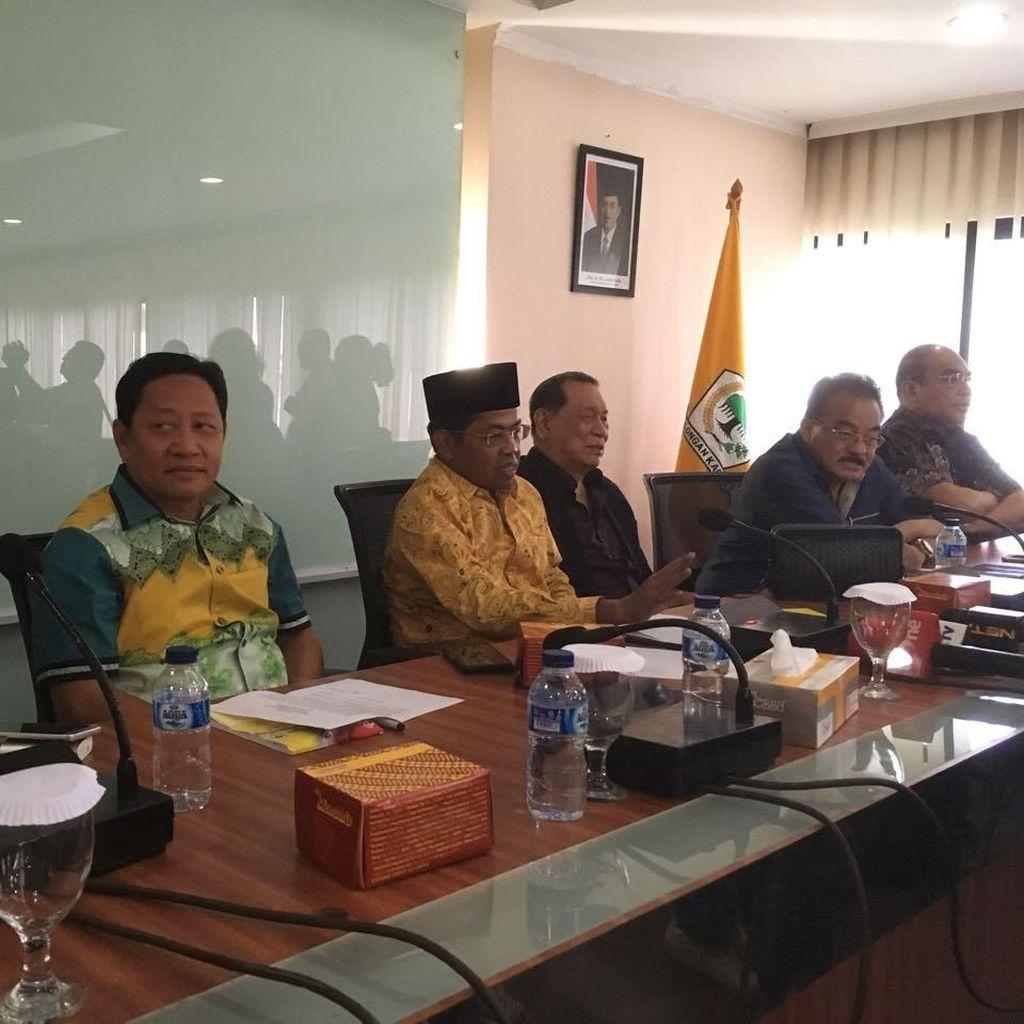 Dari Kantor DPP, Idrus Berangkat Temui Ical ke Bakrie Tower