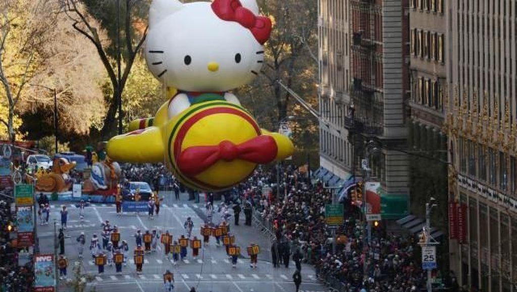 Foto: Balon-balon Karakter Kartun Raksasa di New York